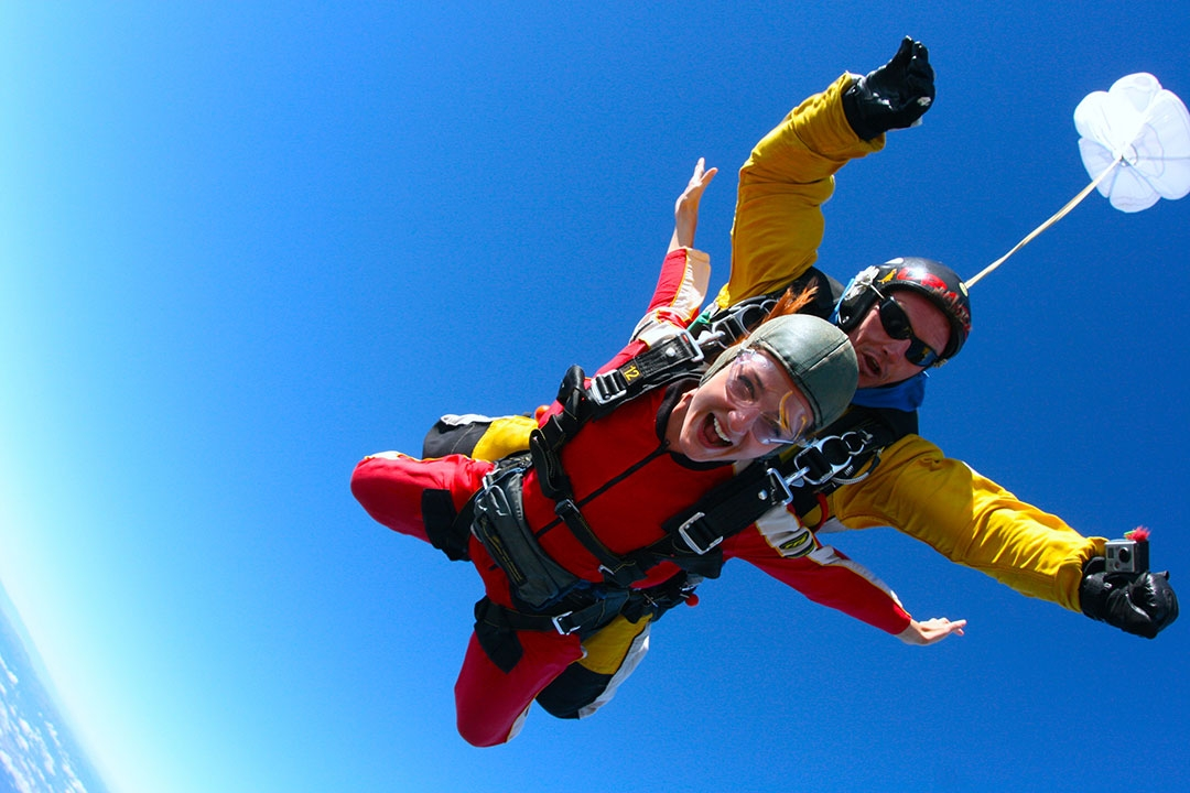 Skydiving in Lake Taupo New Zealand
