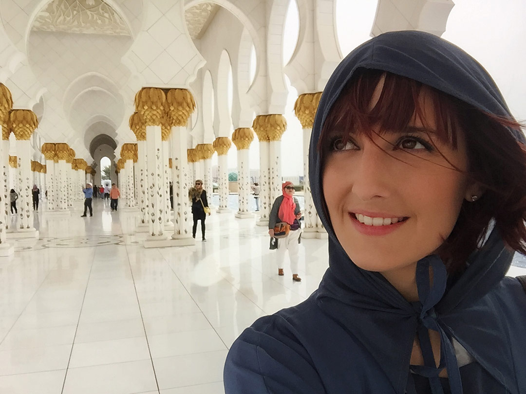 Sheikh Zayed Mosque during the day in Abu Dhabi